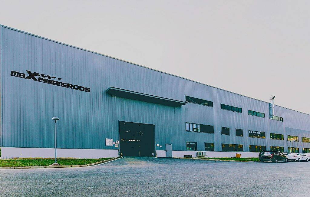 MaXpeedingrods' factory